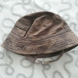 Camo baby bucket hat with clip strap size 0-6m